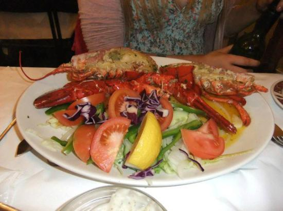 The Melrose: Whole Lobster with garlic butter sauce