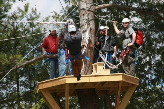 Wildman Adventure Resort: Wildman zip lines platform