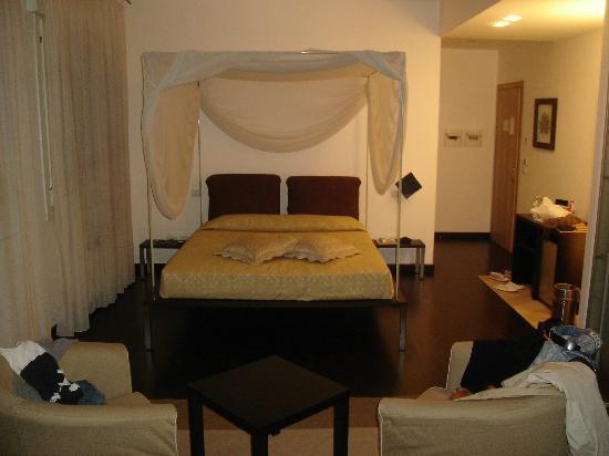 Hotel Angi: baldacchino