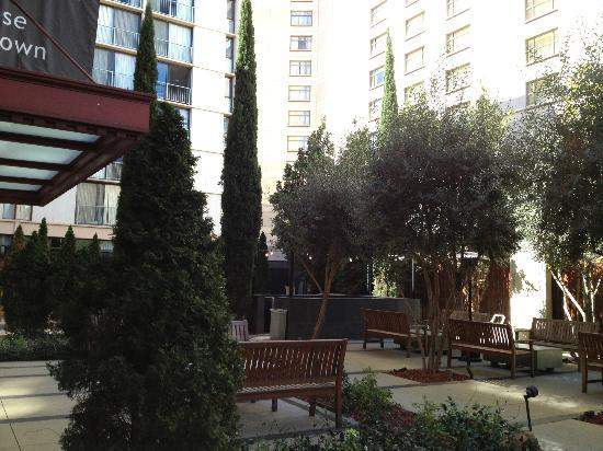 Four Points by Sheraton San Jose Downtown: Courtyard