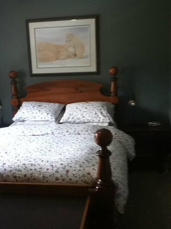 B&B on Balsam : Queen Room