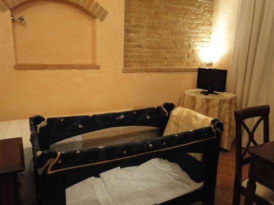 Tramonto su Assisi: cameretta