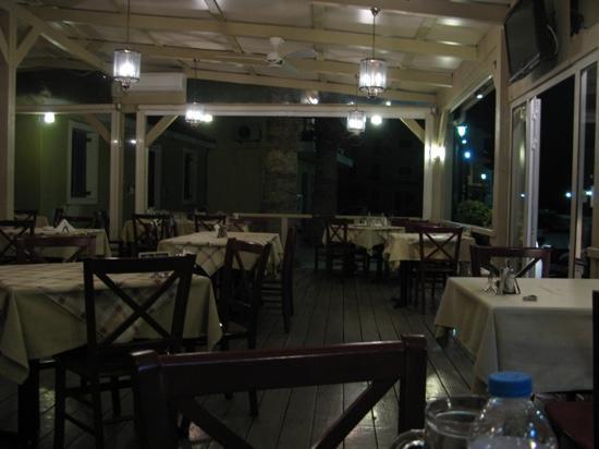 Ampelaki Greek Restaurant: Ampelaki