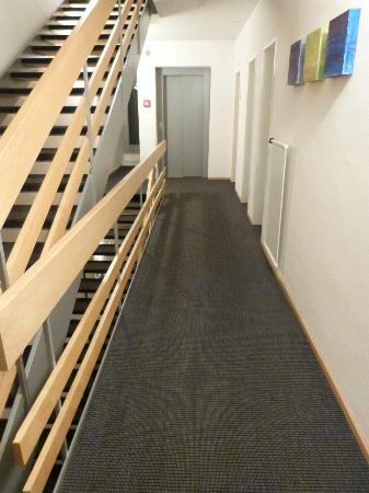 Hotel Victoria: Hotel hallway