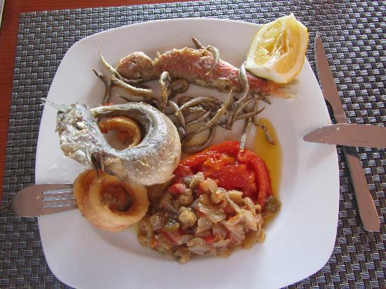 Hotel de Naturaleza Rodalquilar Spa Cabo de Gata : Fresh fish; delicious!