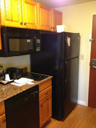 MainStay Suites: kitchen appliances complete with full size fridge and Ice Maker