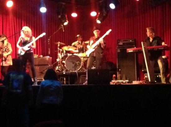 Live at the Black Oak Casino - Laurie Morvan