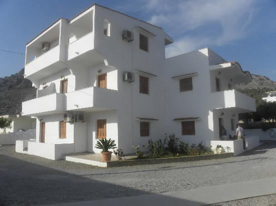 Maria Apartments Pefkos : Maria Apartments