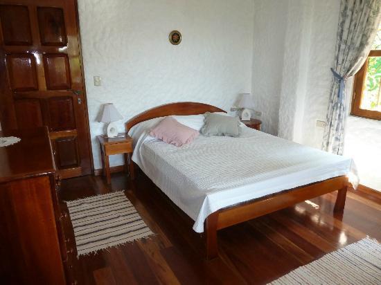 Villa Kristina Apartments: Schlafzimmer 2