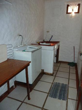 Villa Kristina Apartments: Waschraum