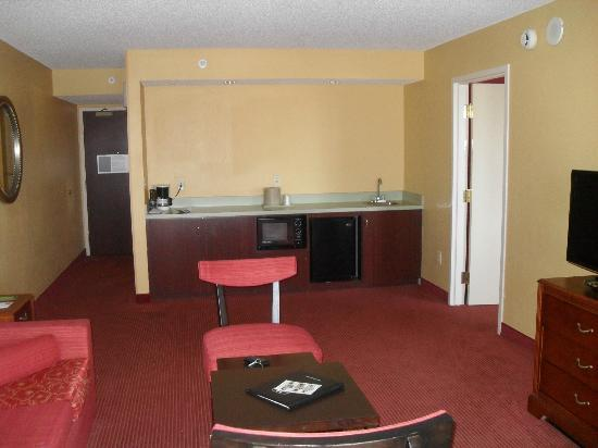Courtyard Cocoa Beach Cape Canaveral: 1 Bedroom Executive King Suite