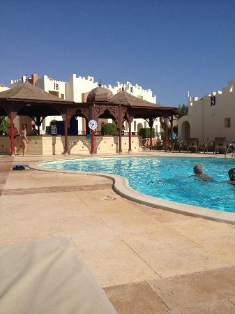 SUNRISE Select Royal Makadi Resort: The VIP pool