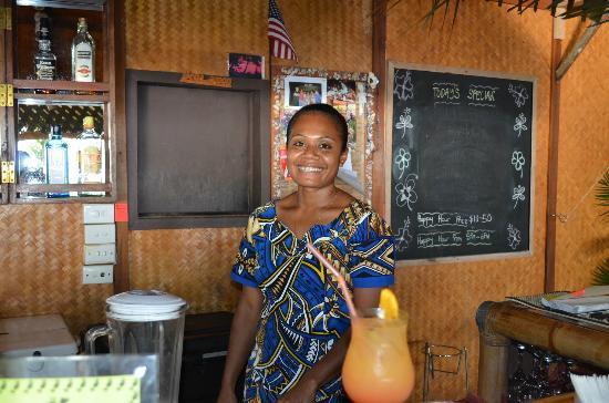 Beqa Lagoon Resort: Fijian bartender