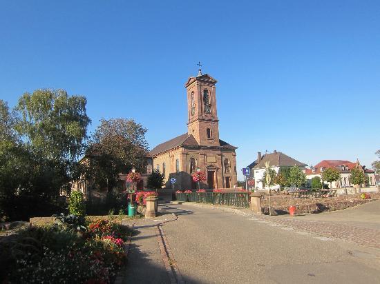 Logis a la Demi Lune : St Andrew's Church Issengheim