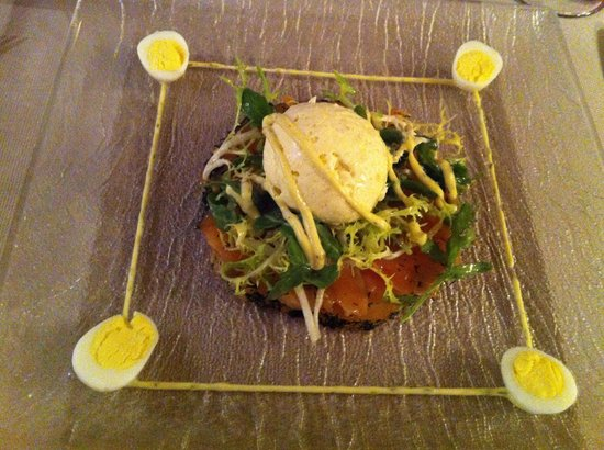 Francine's: Gravlax Salmon with horseradish moose.. Gorgeous
