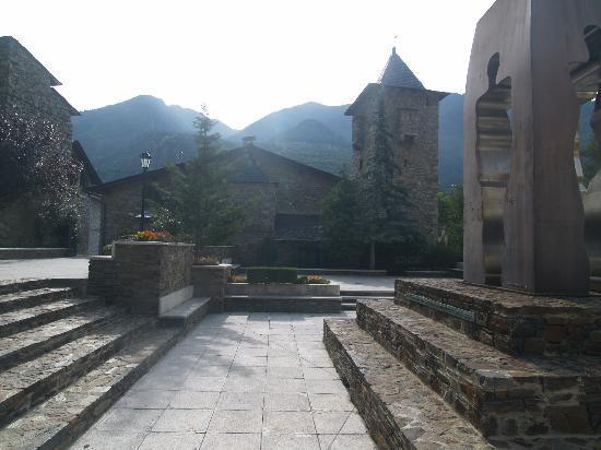 Ανδόρρα Λα Βέγια, Ανδόρα: Andorra la Vella