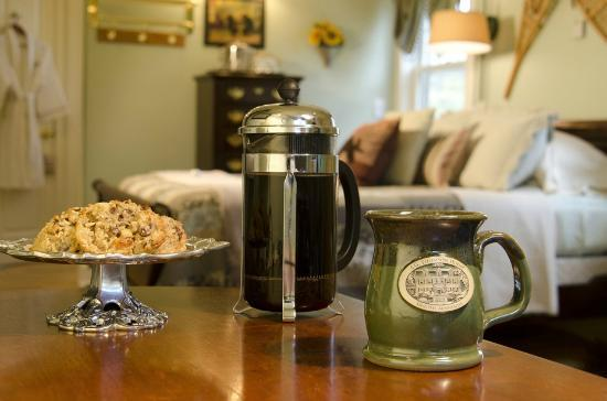 A G Thomson House Bed and Breakfast: The Brule River Retreat