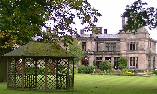 Rookery Hall Hotel & Spa: Grounds and Hotel Frontage
