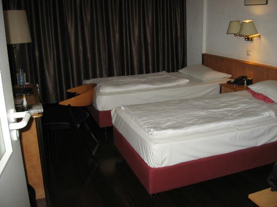 Batavia Hotel: Bedroom