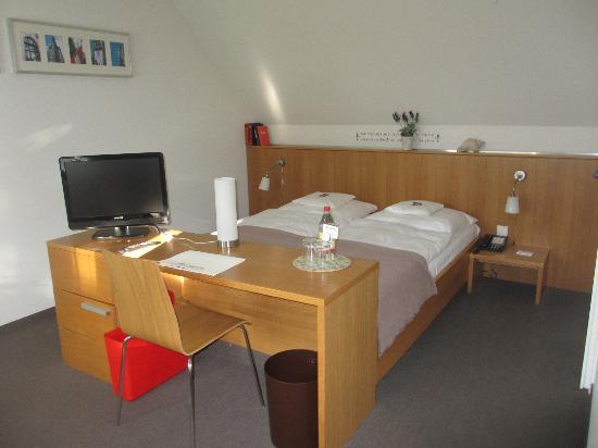 Baurspark Hotel: Our room
