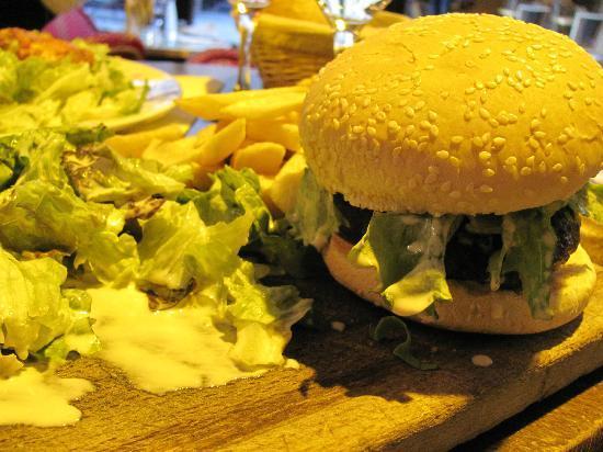 Bistrot Renaissance: French Burger