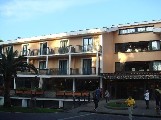 Appia Park Hotel: Extérieur