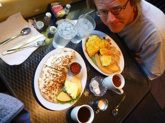 Hannah & Nate's: Albuquerque Quesadilla, Hannah's Veggie Omelet