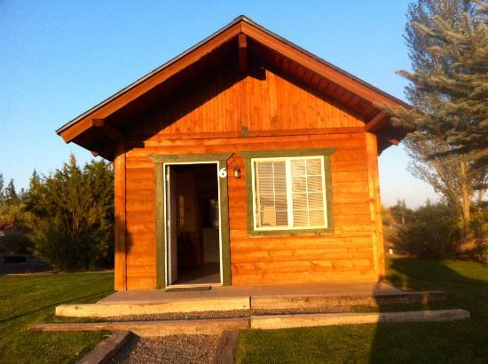 Thousand Lakes RV Park & Campground: Cabin at 1000 lakes