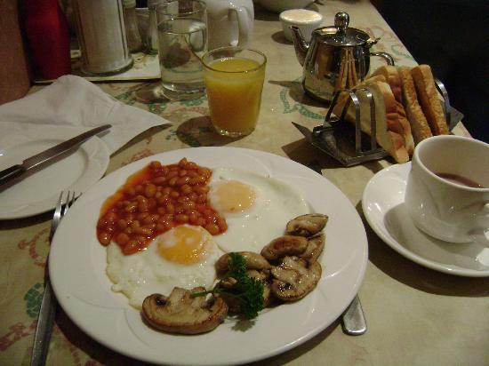 St. David's Hotels: breakfast