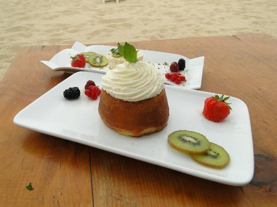 Shellona - Saint Tropez : Aqua Club à Ramatuelle : dessert servi au restaurant