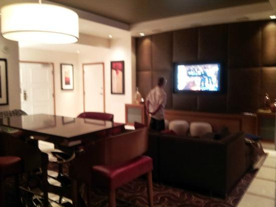 Hotel32 at Monte Carlo: Loft lounge area