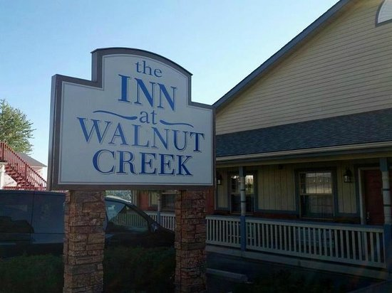 The Inn At Walnut Creek: The sign. Great place to stay