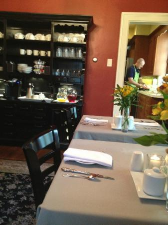 The Lancaster Bed and Breakfast: Lancaster B&B dining room; Keith in the kitchen
