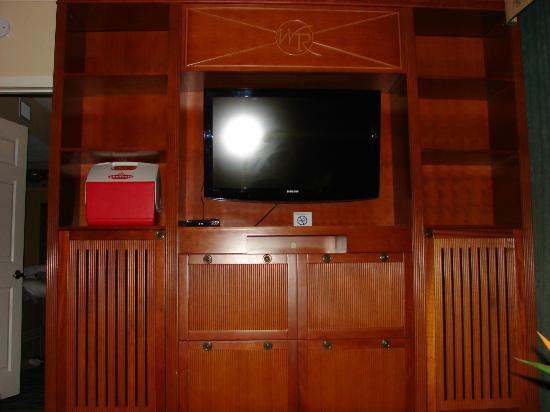 Westgate Myrtle Beach Oceanfront Resort: Flat screen TV in the living room