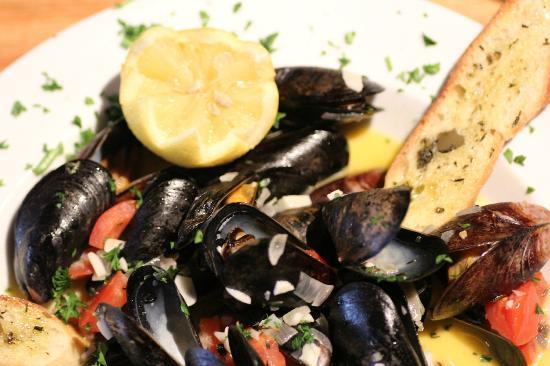 Eclectic Bistro & Bar: Eclectic Mussels