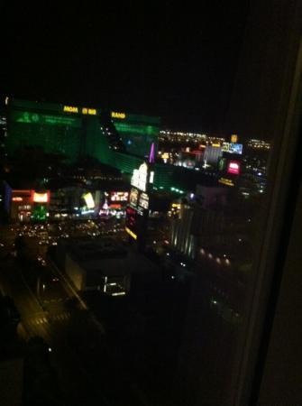 Monte Carlo Resort & Casino: strip view room