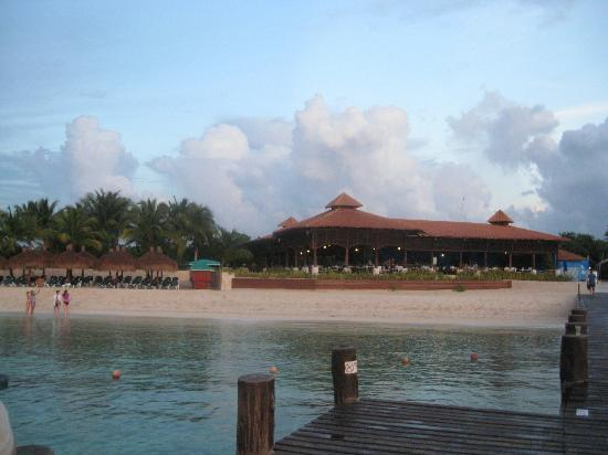 Occidental Grand Cozumel: Looking at the Beach Club from the pier.