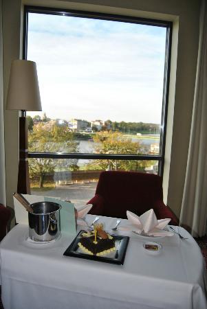 Sheraton Grand Krakow: Birthday Surprise