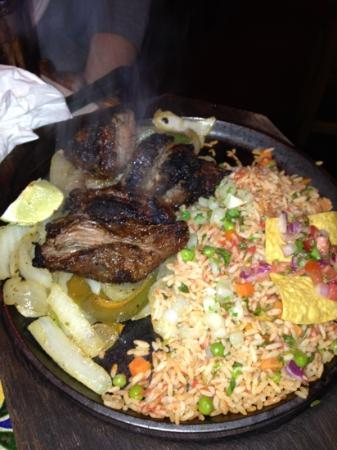 Margaritas Mexican Restaurant & Watering Hole: steak fajitas also comes w beans