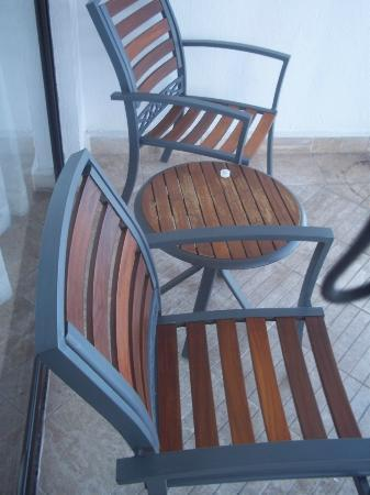 Hyatt Ziva Puerto Vallarta: Chairs on the patio