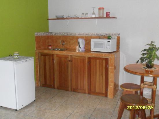 Nativa Apartments: Studio Kitchennette