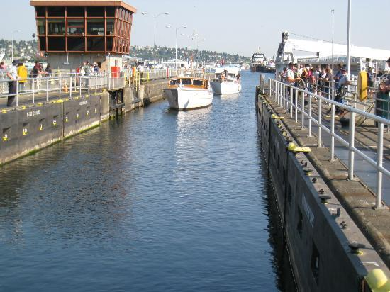 Hiram M. Chittenden Locks: Two boats enter the small boat channel