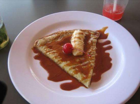 Catalonia Playa Maroma: Crepe from the poolside bar