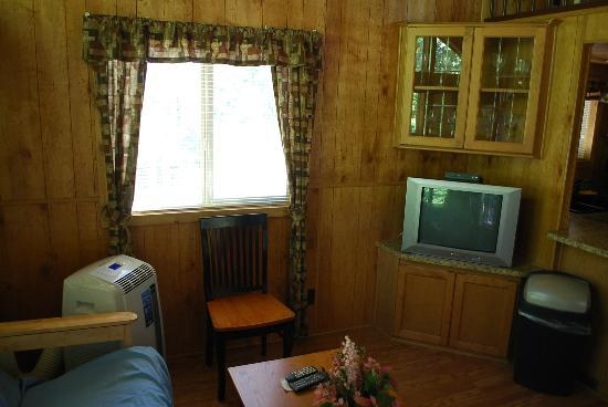Gold Country Campground and Resort : Cottage #2