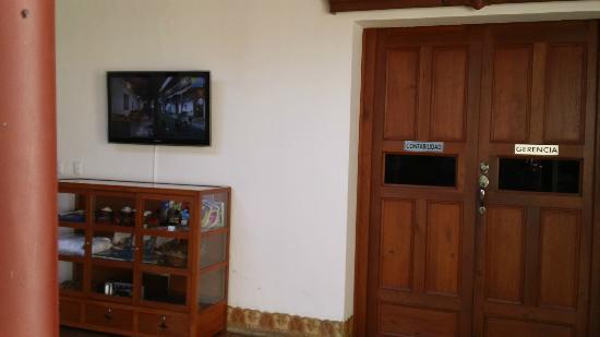 Hotel Plaza Colon: Contabilidad / Gerencia