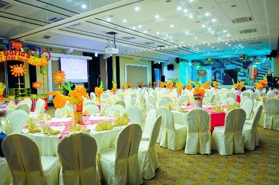 Widus Hotel and Casino: Widus Convention Center Vegas Ballroom Birthday Set Up