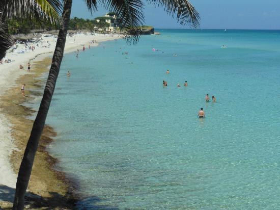 Melia Varadero: Beach behind hotel