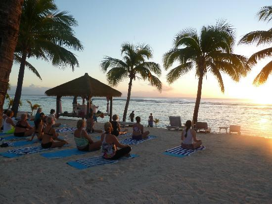 Crown Beach Resort & Spa: Our sunset yoga session at the Crown Beach Resort