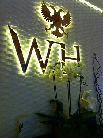 WH Hotel : Lobby