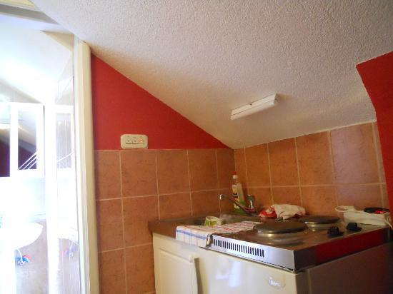 Trogir Old Town Apartments: Kitchenette